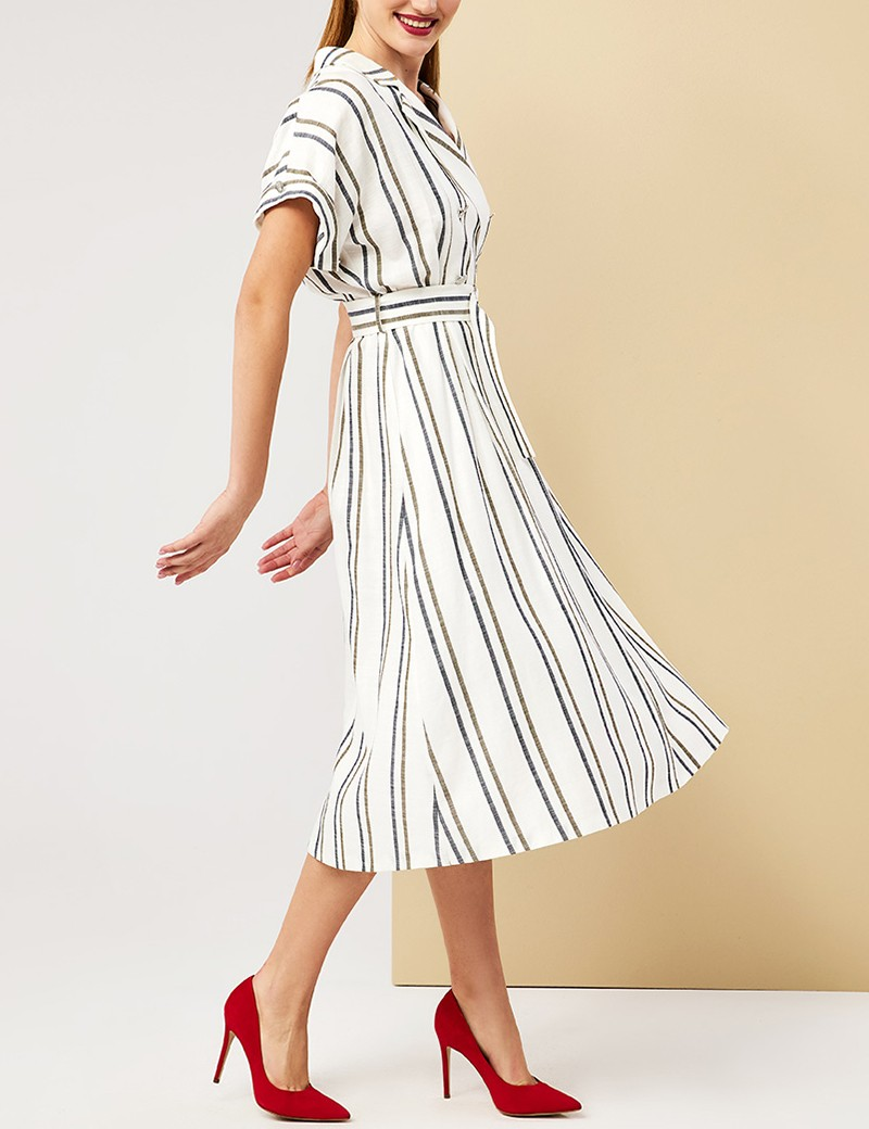 Φόρεμα με ζώνη και μεταλλικά κουμπιά FOREL