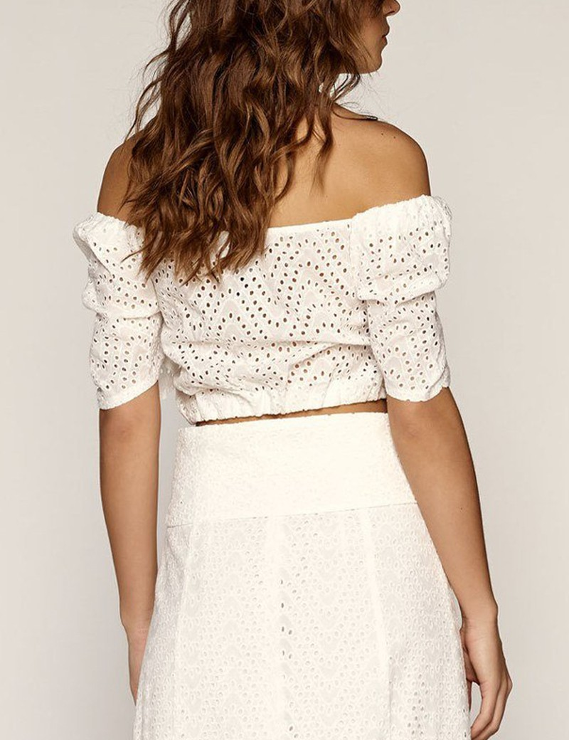 Broderie laced cropped top with buttons ACCESS FASHION