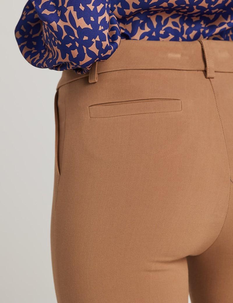 Παντελόνι καμηλό κρεπ σε στενή γραμμή FOREL